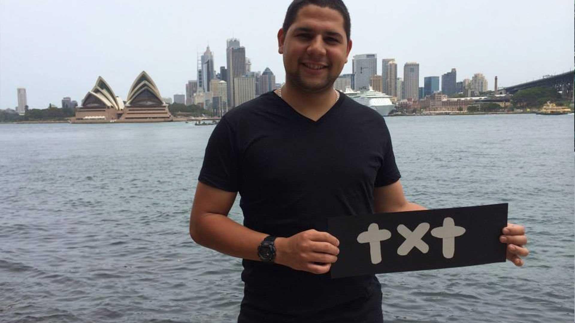 carrusel 8 TXT Agencia • El logo de todos, el logo del mundo